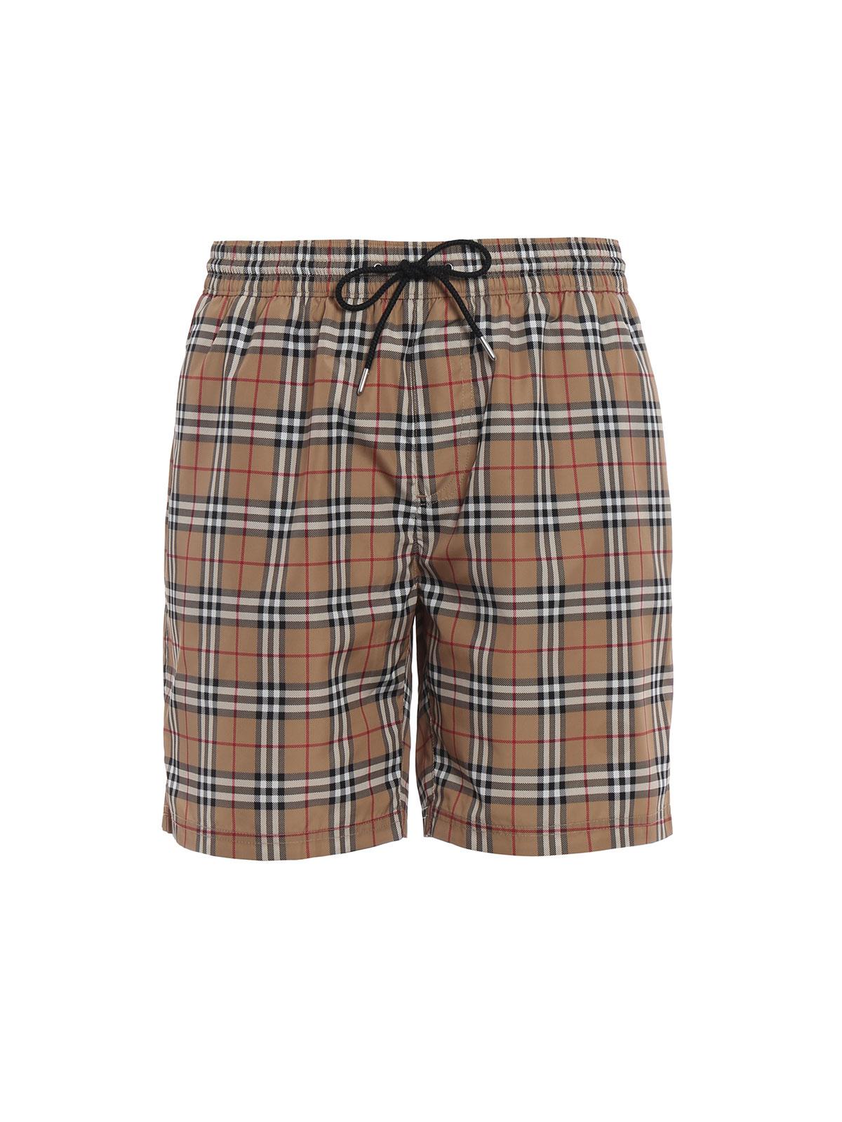3a78df774b BURBERRY: Swim shorts & swimming trunks - Guildes beige Check swim shorts