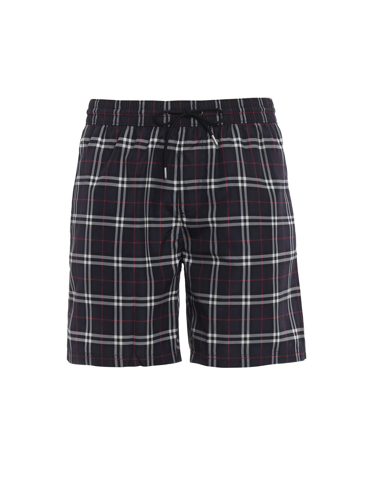 ffb4c0bf02 BURBERRY: Swim shorts & swimming trunks - Guildes navy Check swim shorts