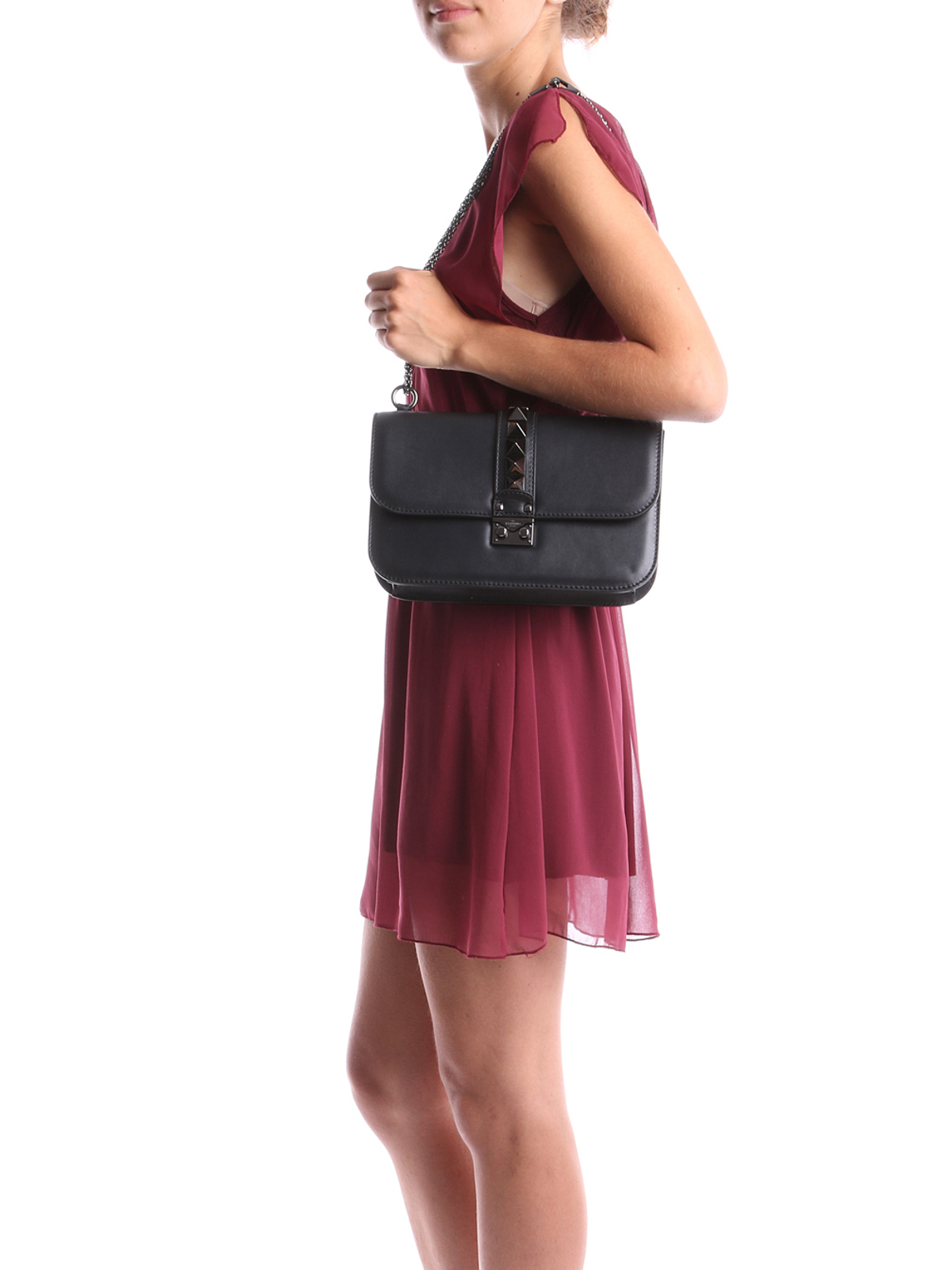 Valentino Garavani - Chain shoulder bag - shoulder bags - W2B0398VBL 0NO