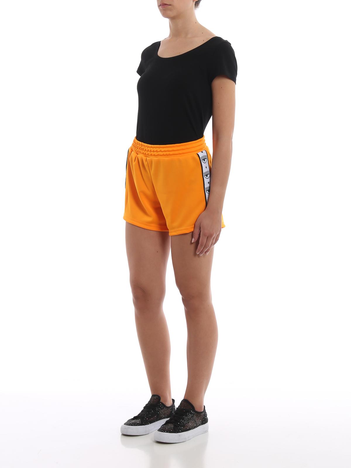 scarpe di separazione ee705 8a1ff Chiara Ferragni - Shorts Logomania arancioni - pantaloni ...