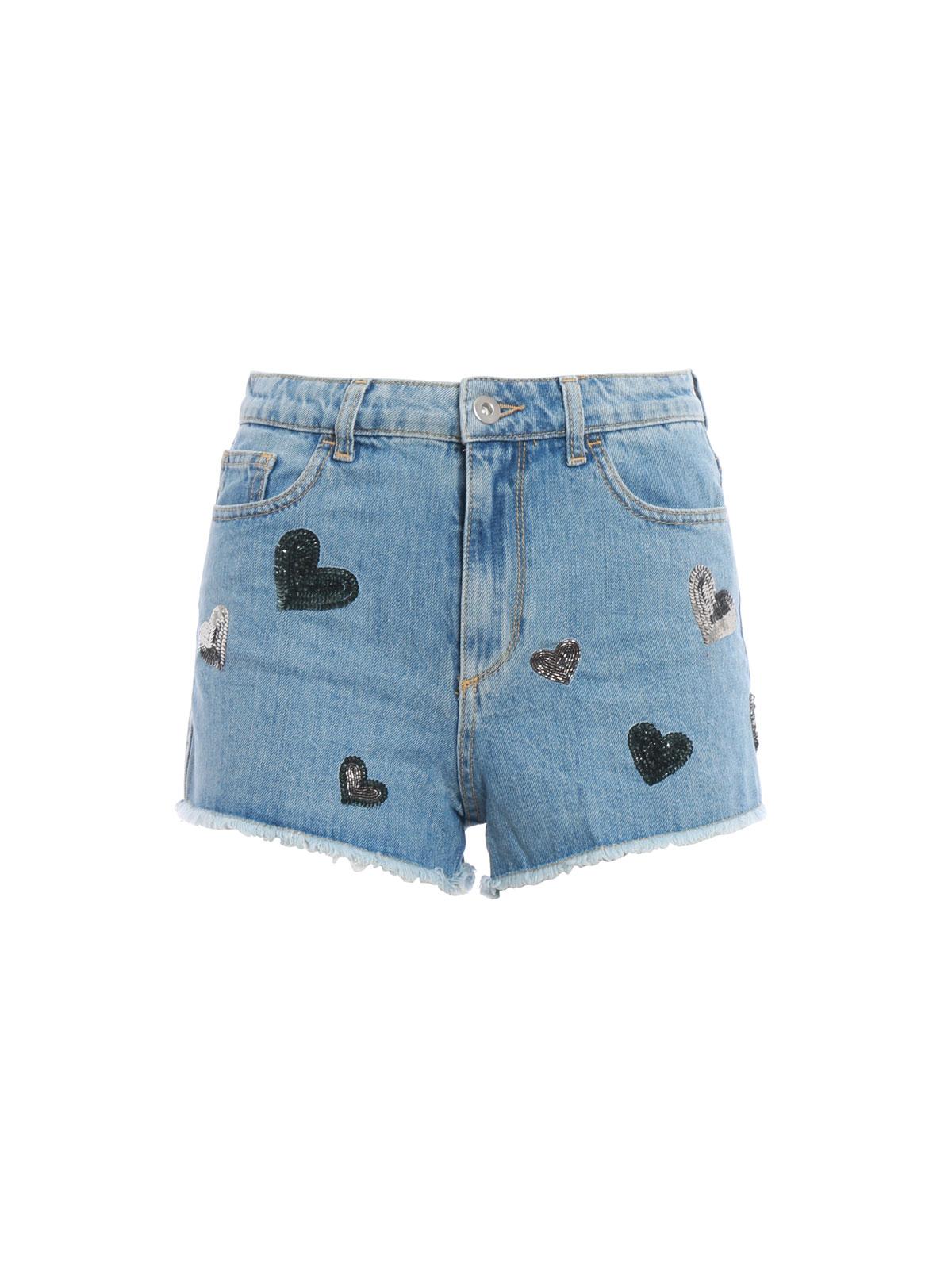 972317d566 CHIARA FERRAGNI: Trousers Shorts - Flirting sequin heart denim shorts