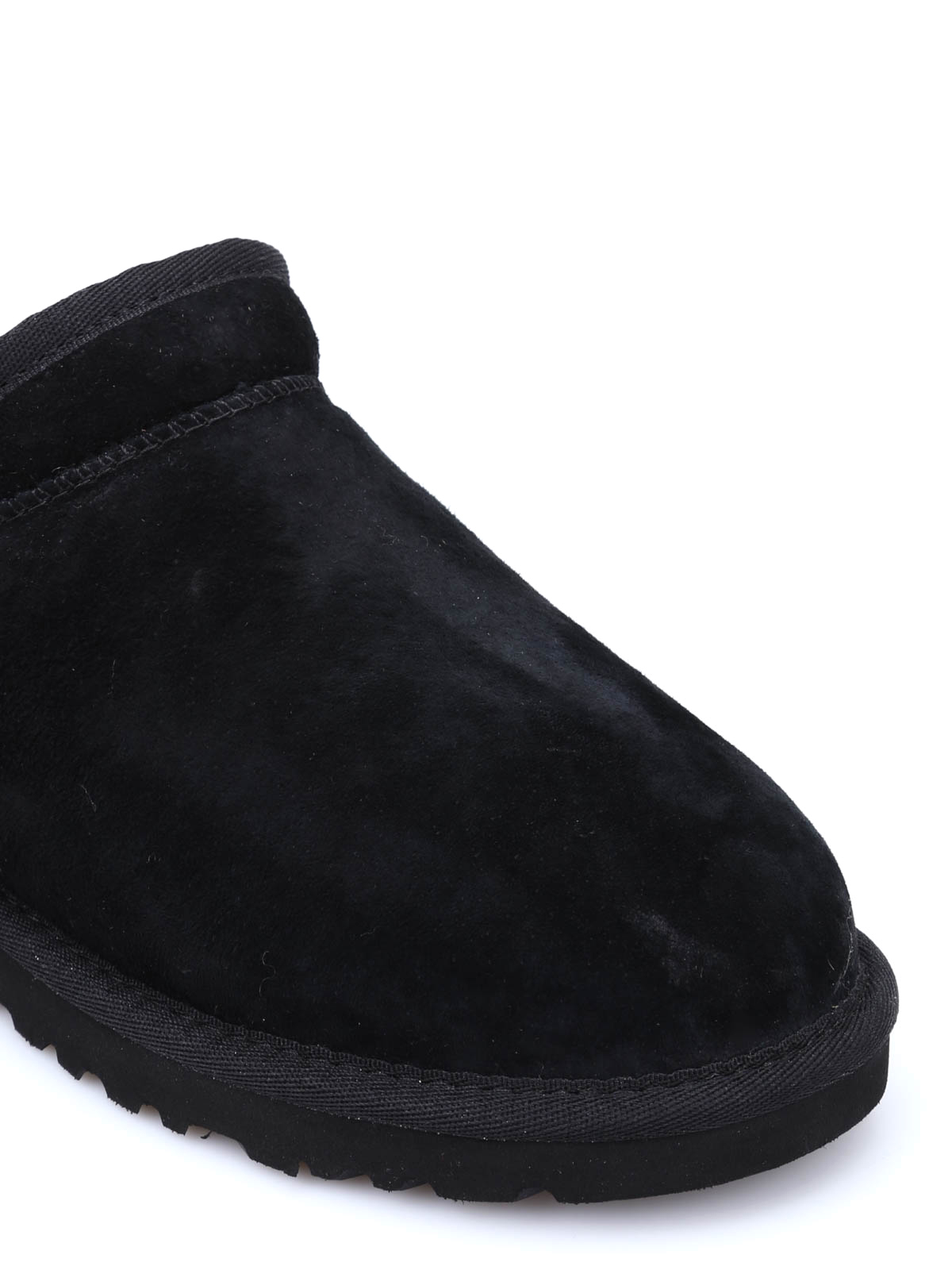 8ea14110610 Ugg - Classic Slipper - Loafers   Slippers - 1009249 W   BLK