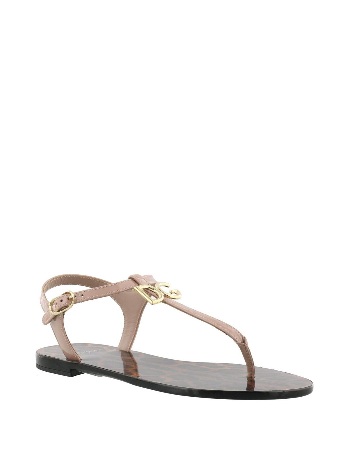 a855107d2652 DOLCE   GABBANA  sandals online - Pink patent logo thong sandals