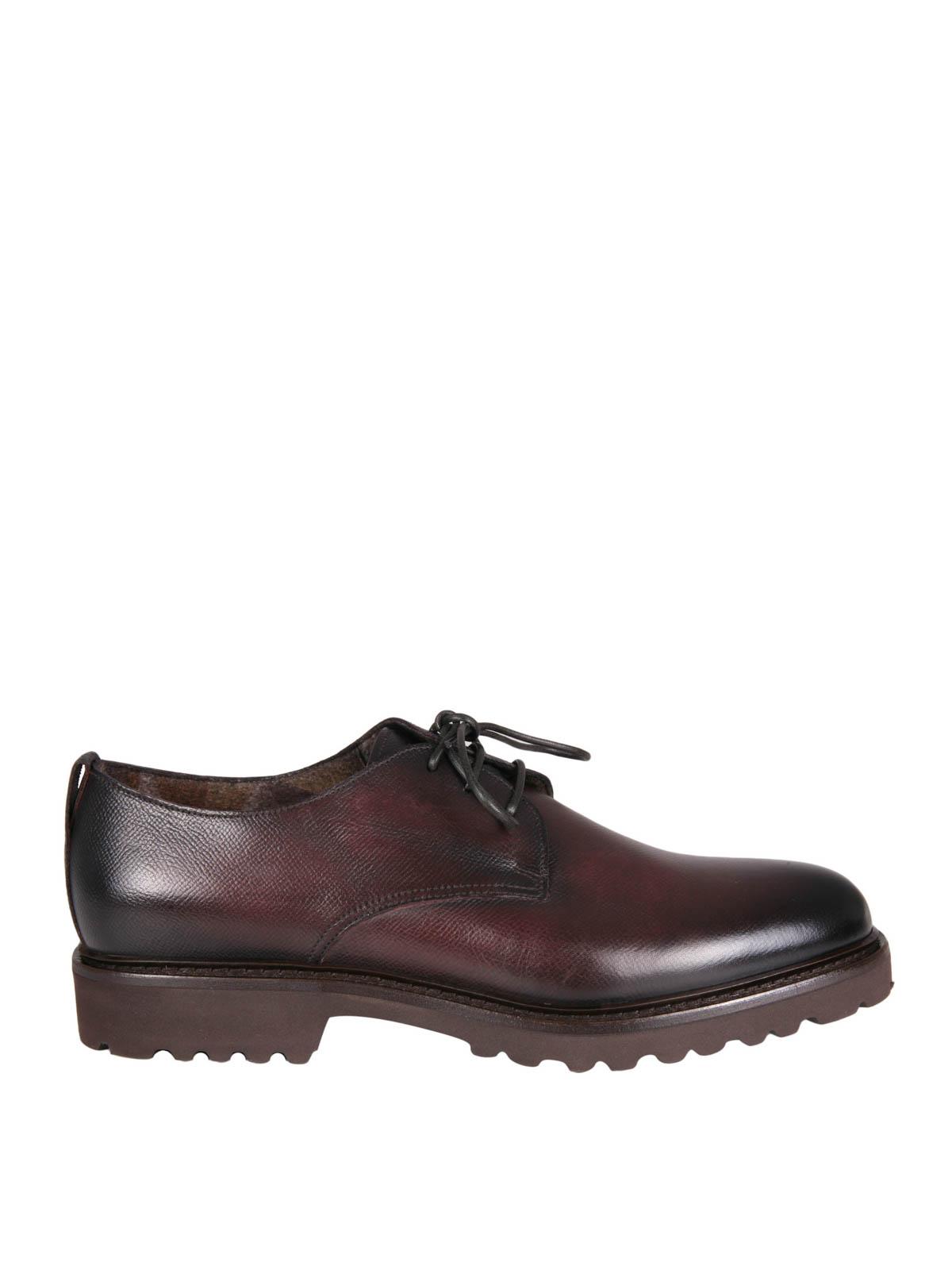 Stringate in pelle martellata doucal 39 s scarpe stringate for Scarpe manolo blahnik shop on line