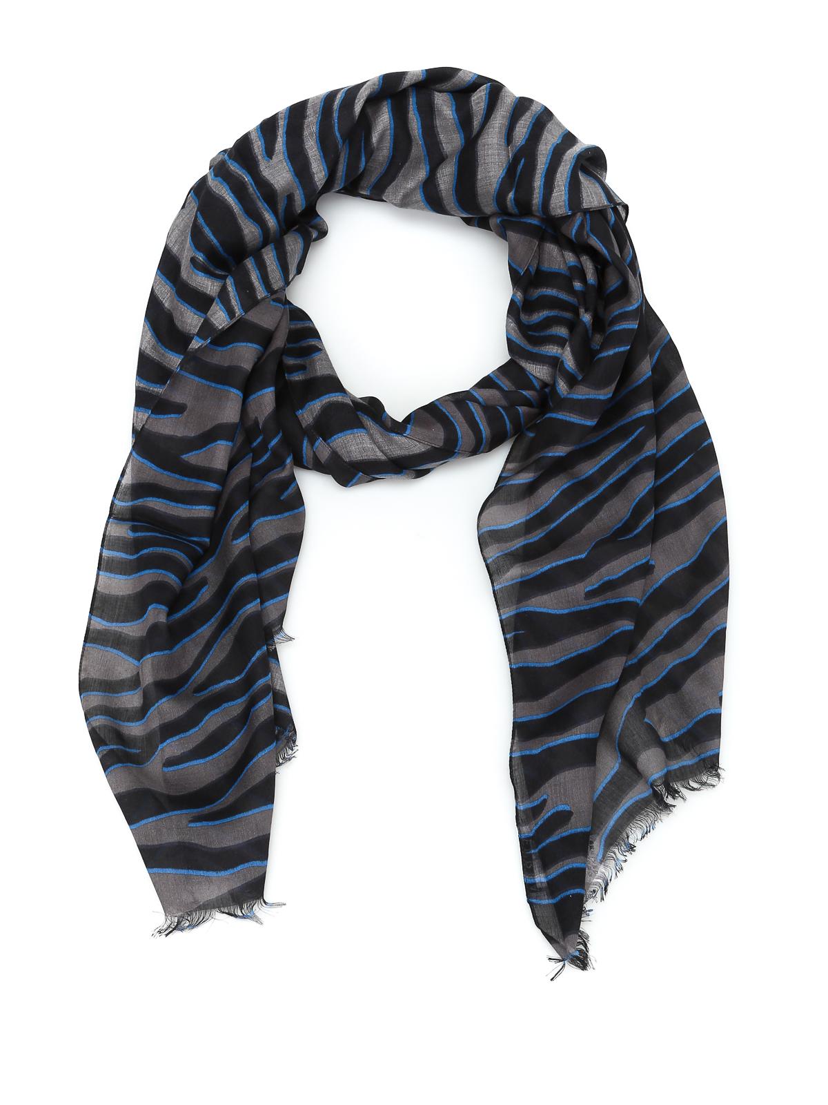 migliori scarpe da ginnastica 6a95a e53ae Furla - Sciarpa in misto seta stampata - sciarpe e foulard ...