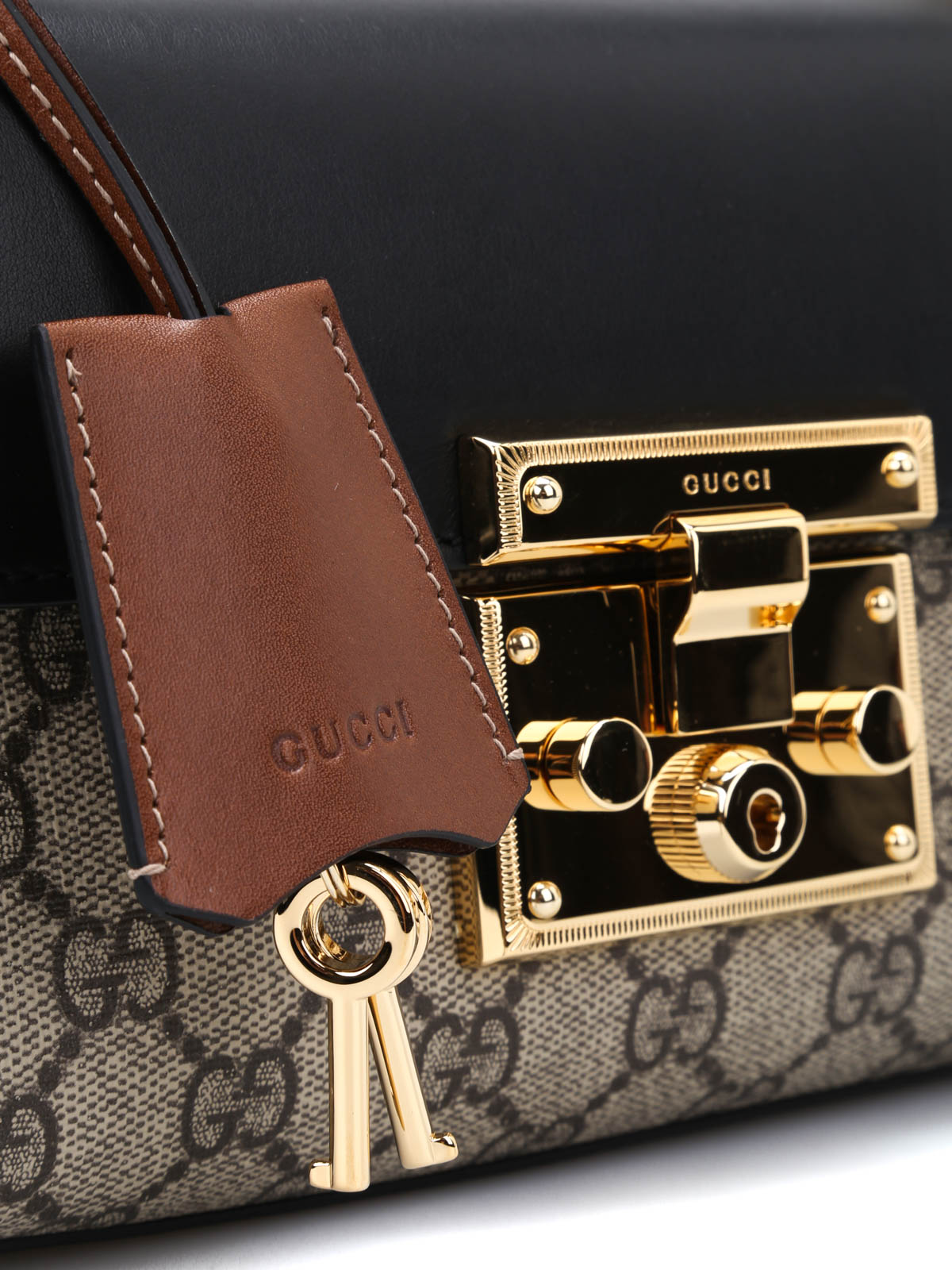 e667f46b4f3cf0 Gucci - Padlock GG Supreme shoulder bag - shoulder bags - 409487 ...