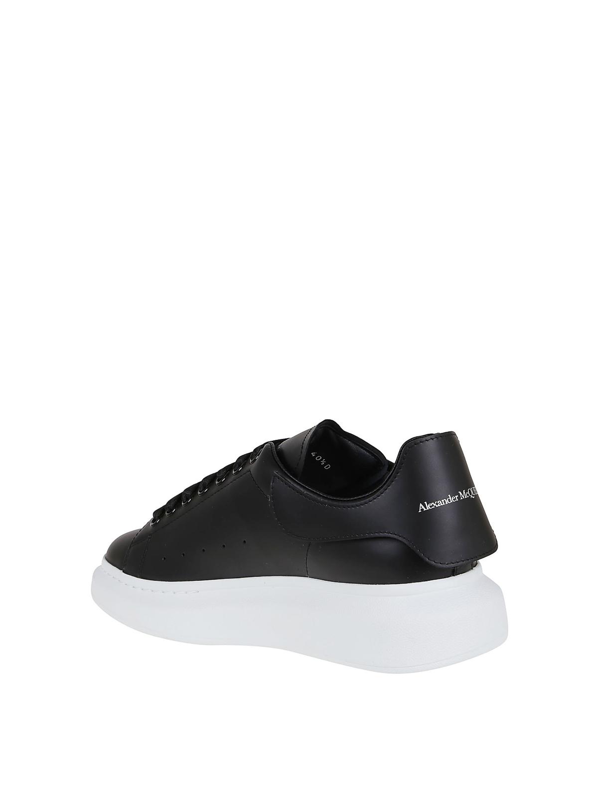 Oversize interchangeable heel tab