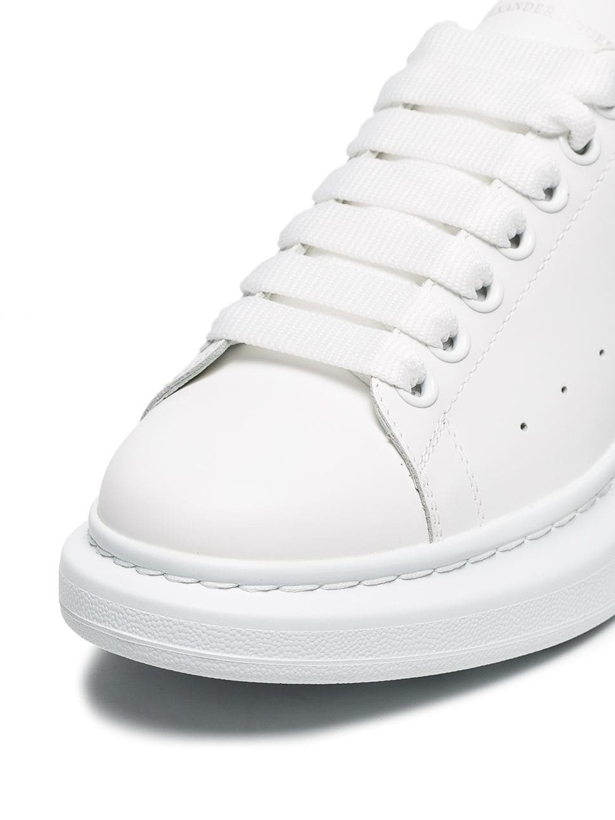 cf5f7b50b5ff iKRIX ALEXANDER MCQUEEN  trainers - Oversized pink back white sneakers