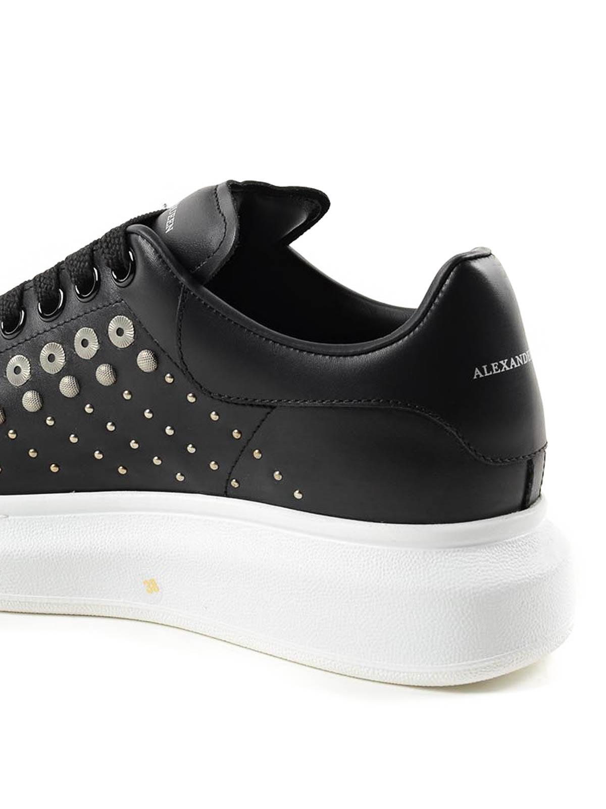 Alexander Mcqueen - Stud detailed leather sneakers ...
