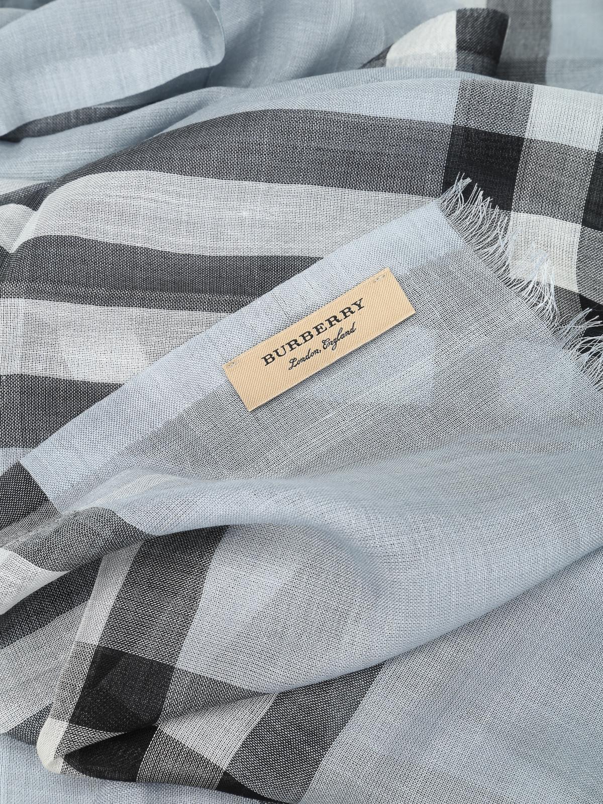 design senza tempo 5583e c210e Burberry - Sciarpa in canvas di lana e seta - sciarpe e ...
