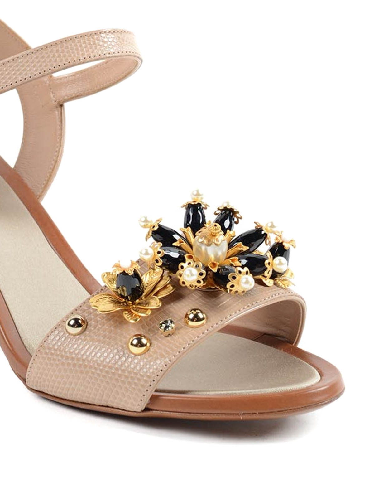1aa672be7 iKRIX DOLCE   GABBANA  sandals - Leather sandals with rhinestones