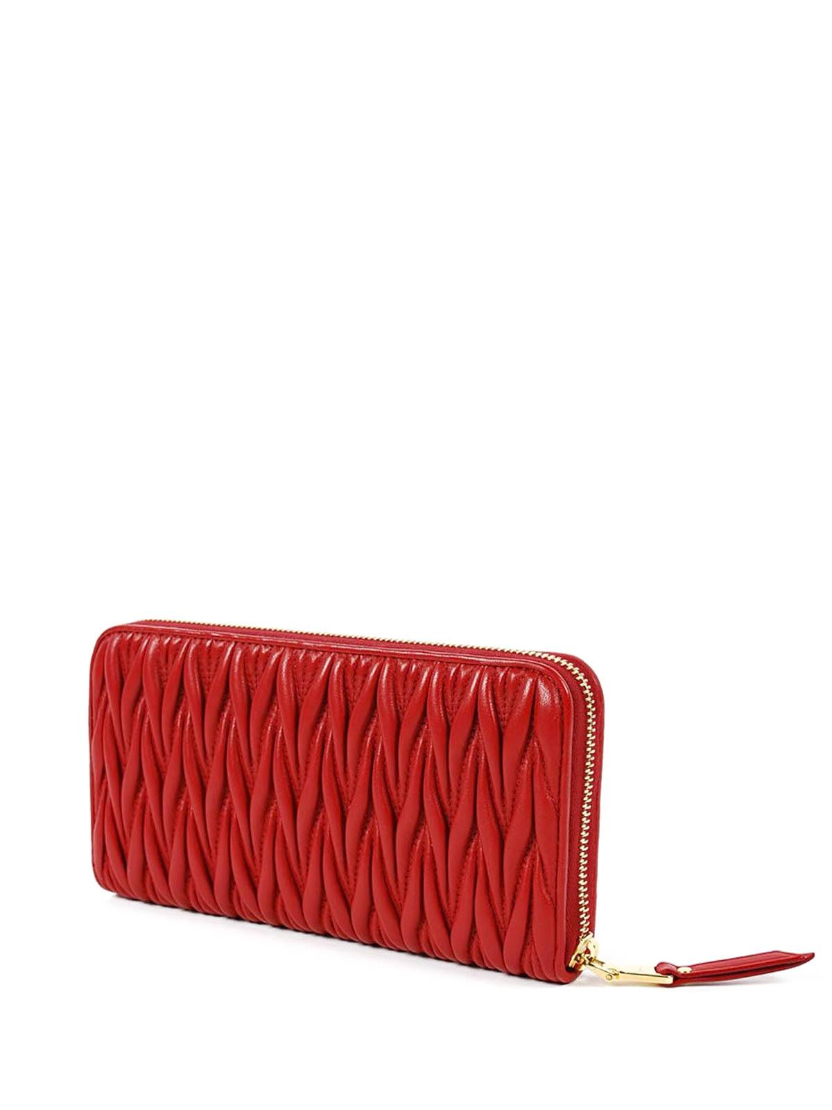 Miu Miu Quilted zipped wallet WePyoc5