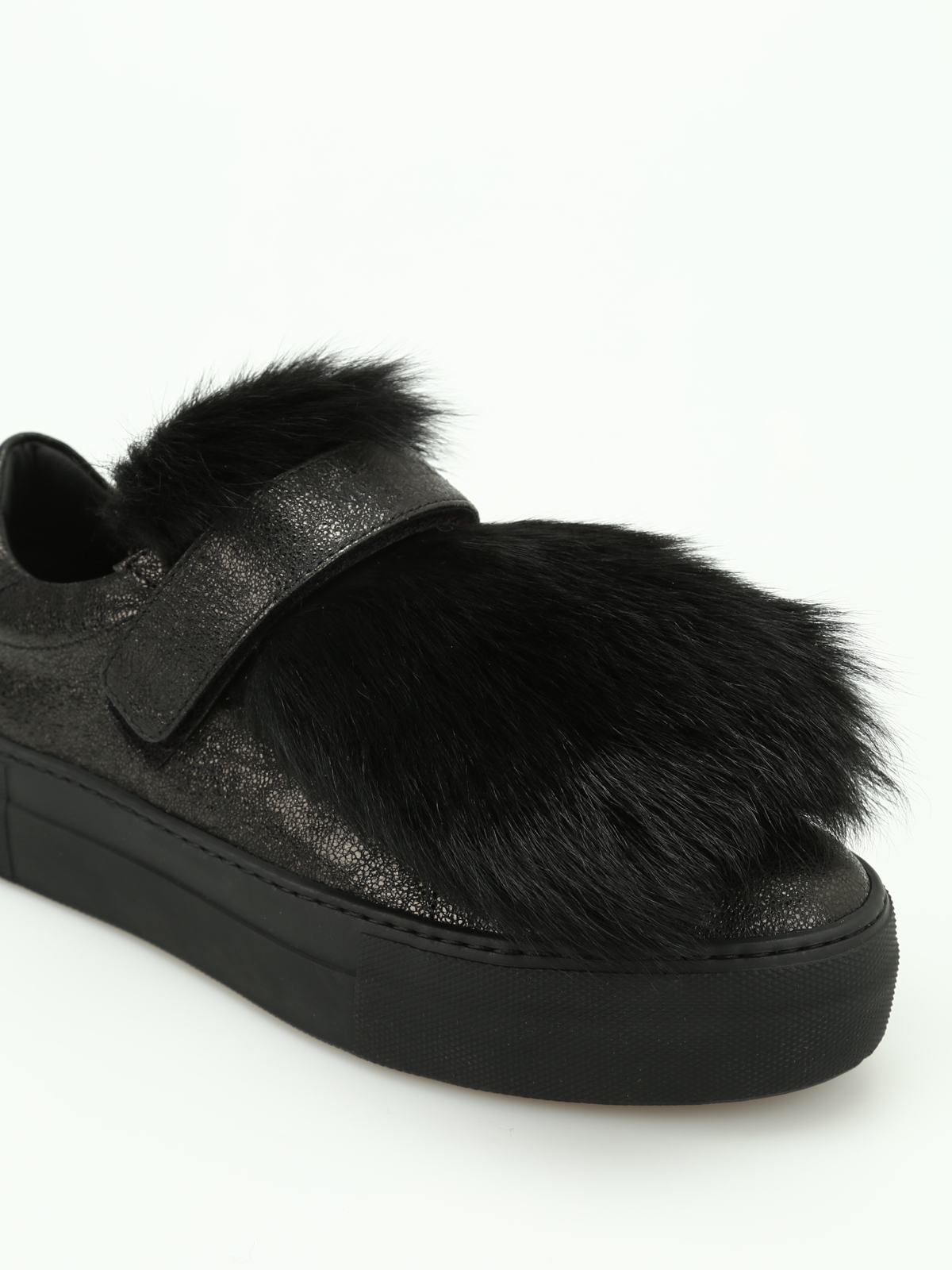 f83f9cb17 Moncler - Victoire lamb fur insert sneakers - trainers - C2 09A ...