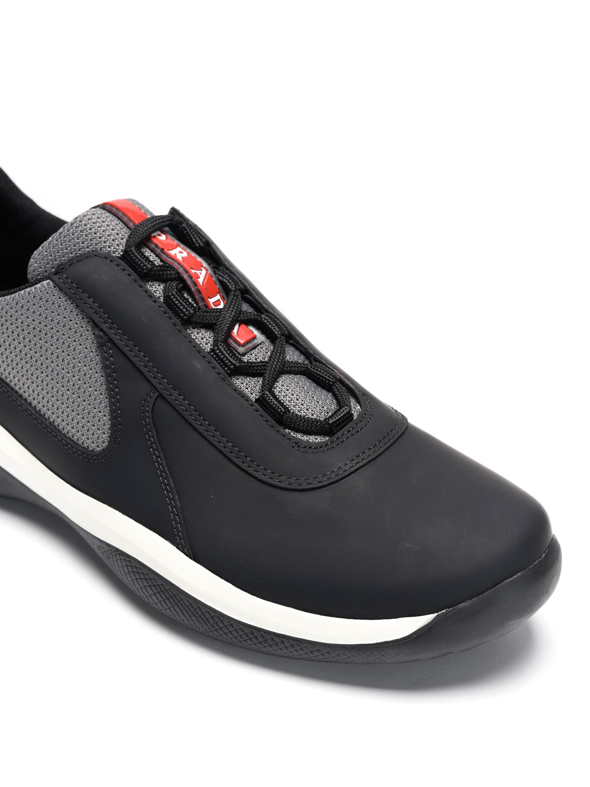 4eecaba7773b Homme Chaussures Prada Rossa De Noir Baskets Pour Linea Sport vXqav7
