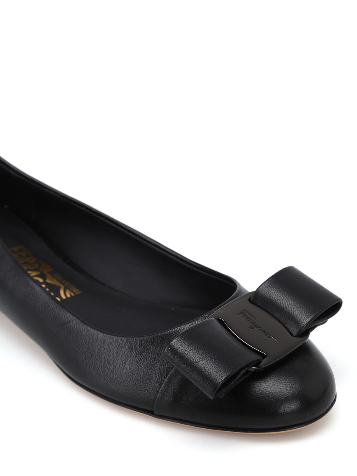 leather flats - flat shoes