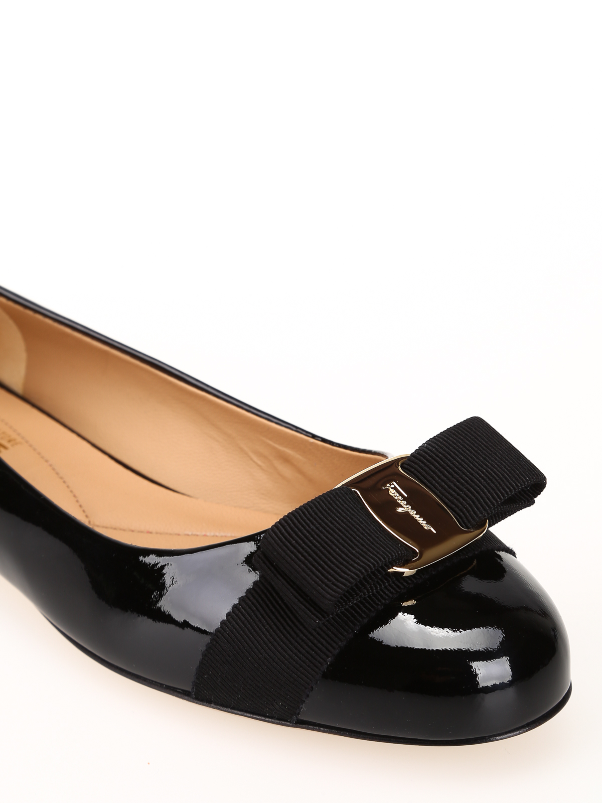 patent leather flat shoes