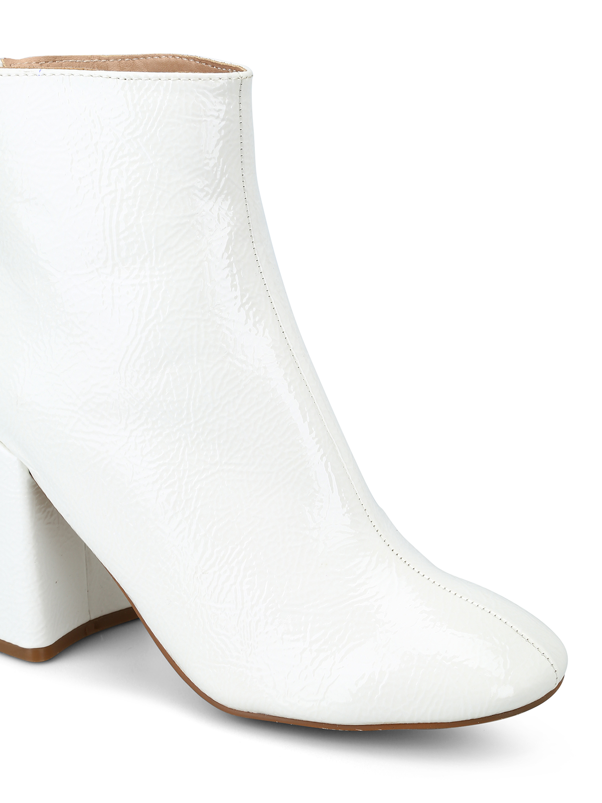 921997fcb81 iKRIX Steve Madden  ankle boots - Posed white faux patent ankle boots