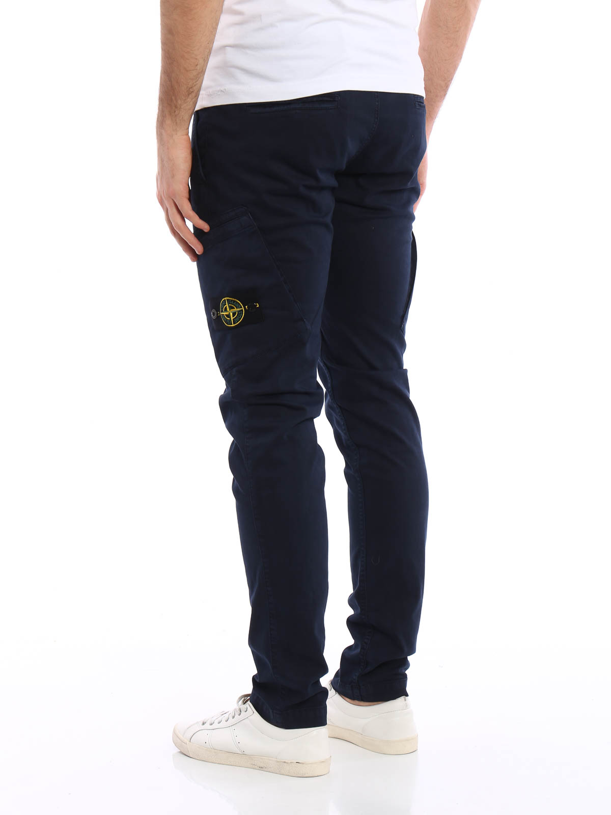 Los Angeles performance fiable pourtant pas vulgaire Stone Island - Cotton twill cargo trousers - casual trousers ...