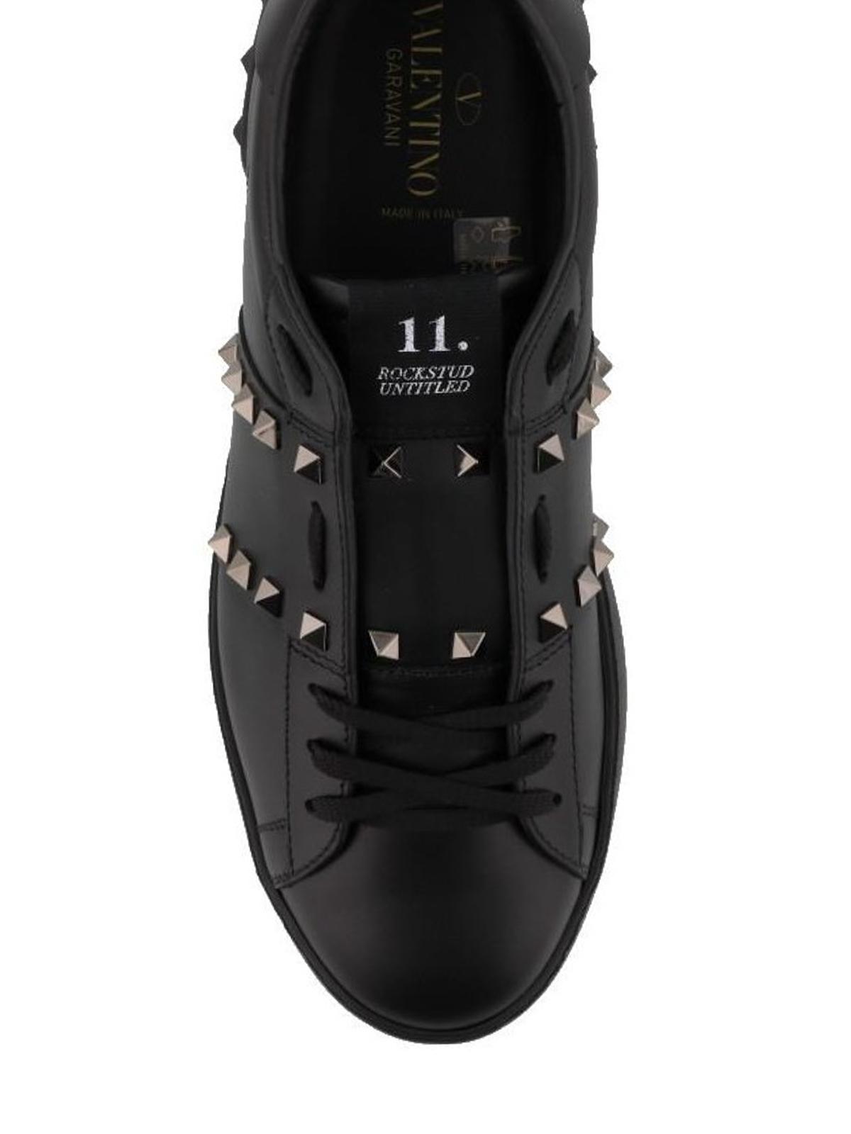 11. Rockstud Untitled Noir sneakers