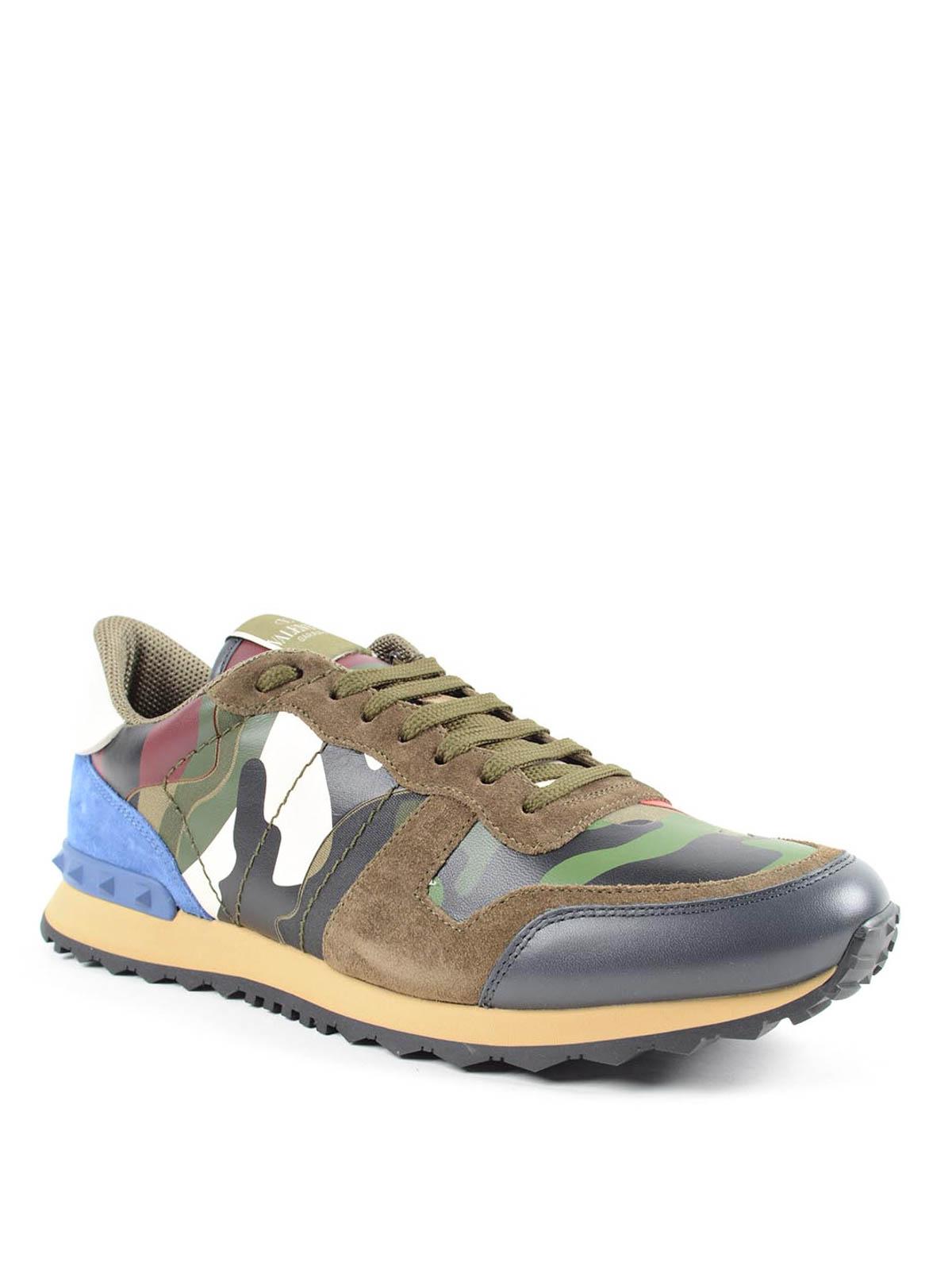 7fe1cdd563699 iKRIX VALENTINO GARAVANI: trainers - Camouflage Rockrunner sneakers