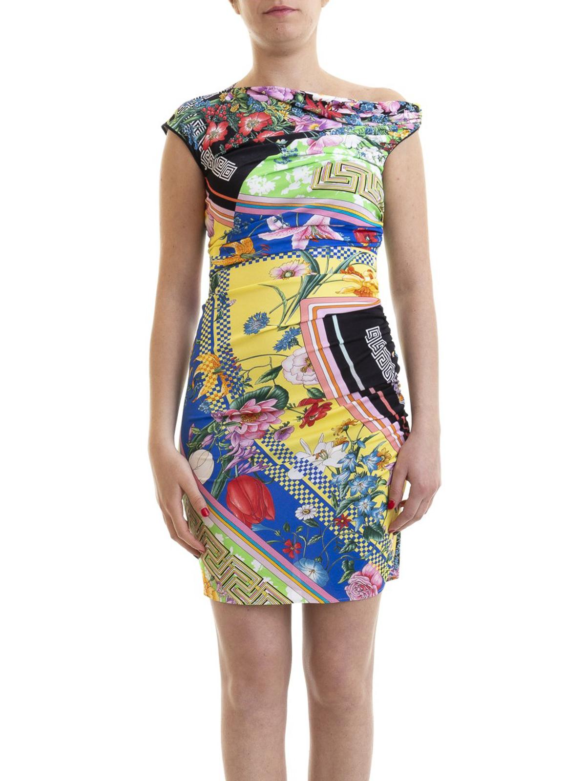 Kurze Kleider Versace Kurzes Kleid Gemustert A82593a230074a7000