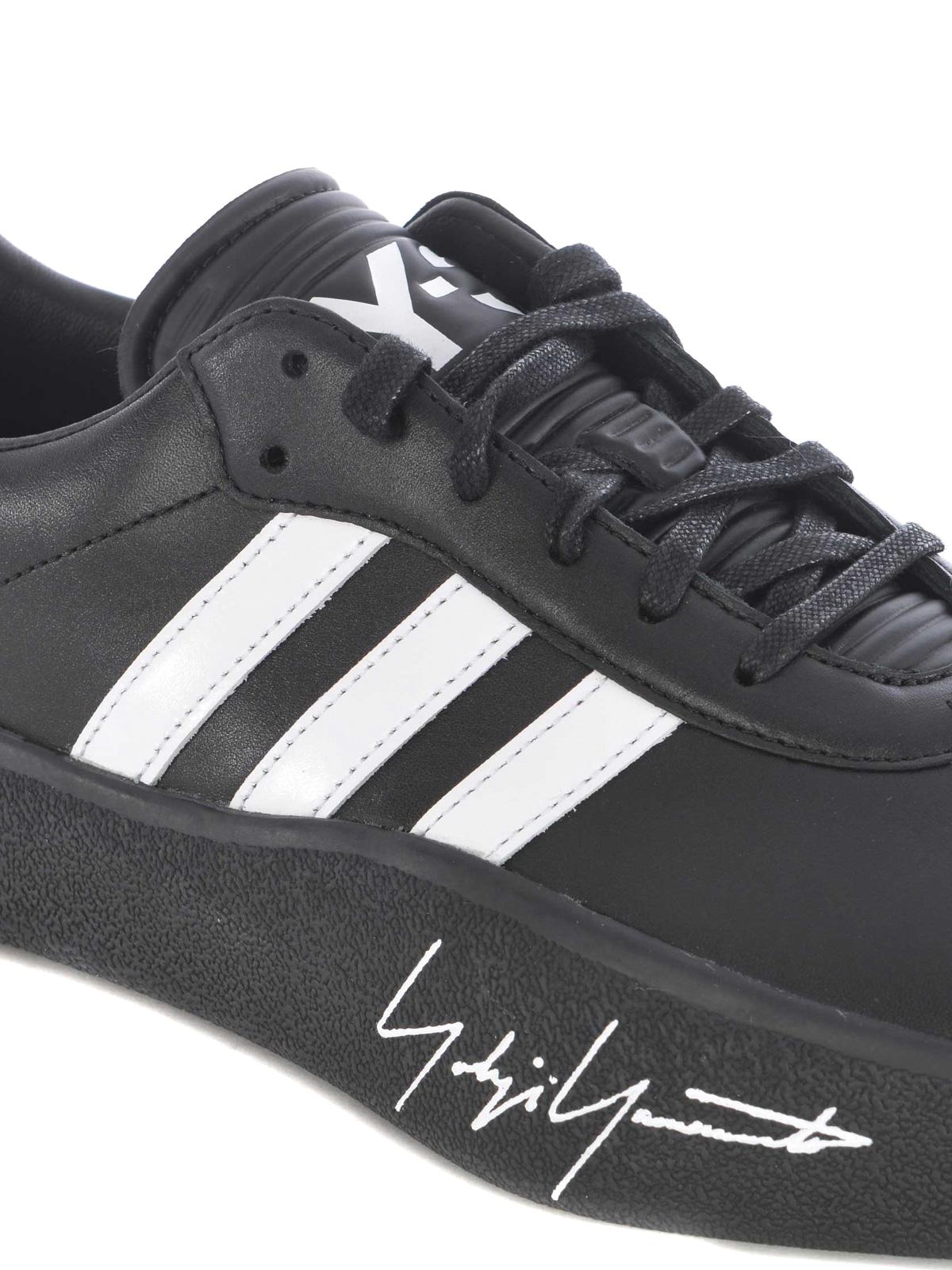 Tangutsu Football leather sneakers