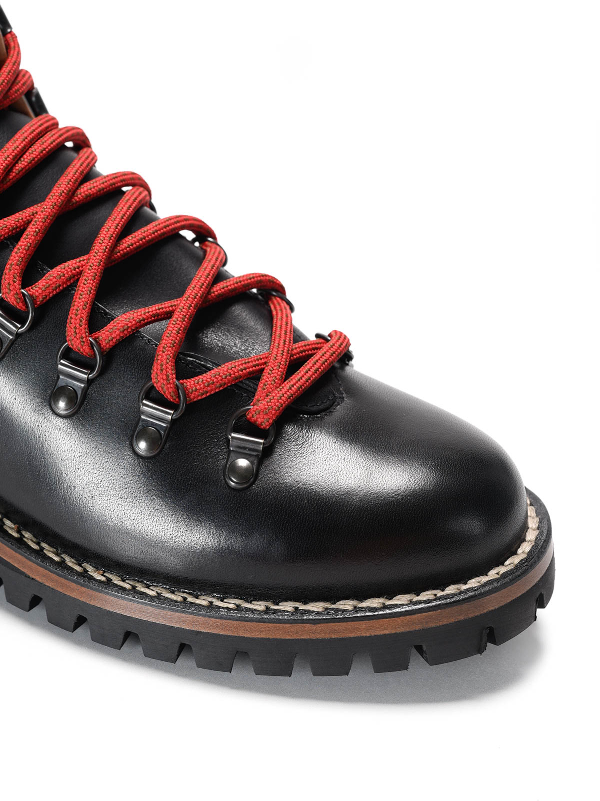 Leather hiking boots by Car Shoe