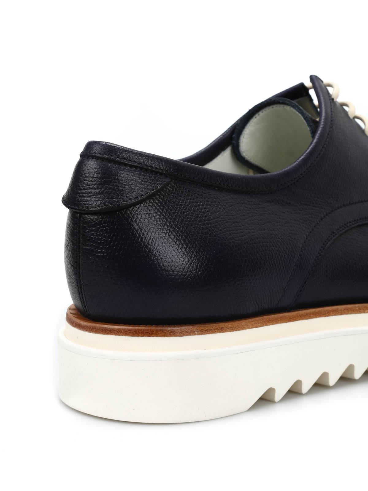 Salvatore Ferragamo Con Zapatos Con Ferragamo Cordones Azules Zapatos con 08d662