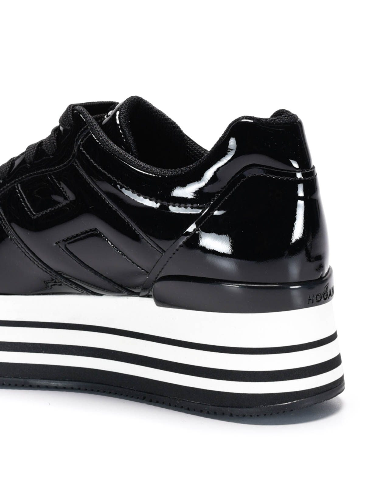 Trainers Hogan - Maxi 222 patent leather sneakers - GYW2830T541OW0B999
