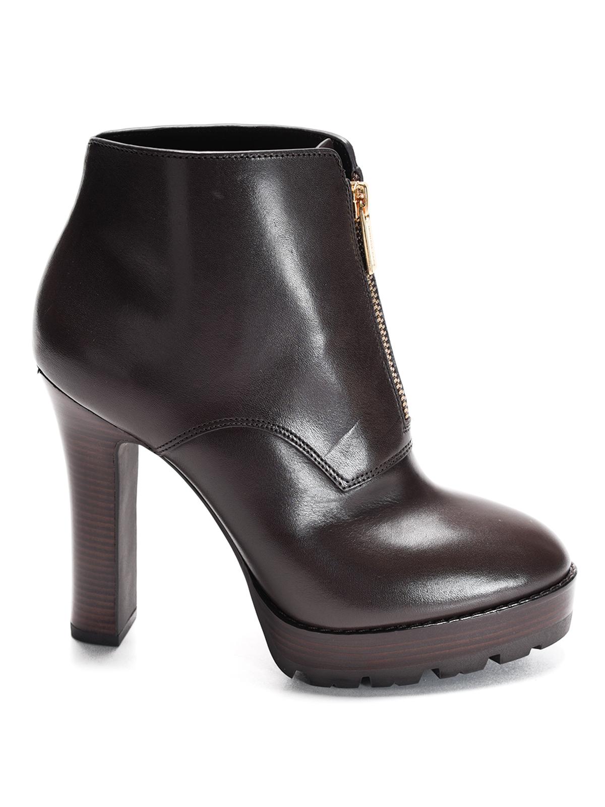 michael kors flynn leather ankle boots ankle boots. Black Bedroom Furniture Sets. Home Design Ideas