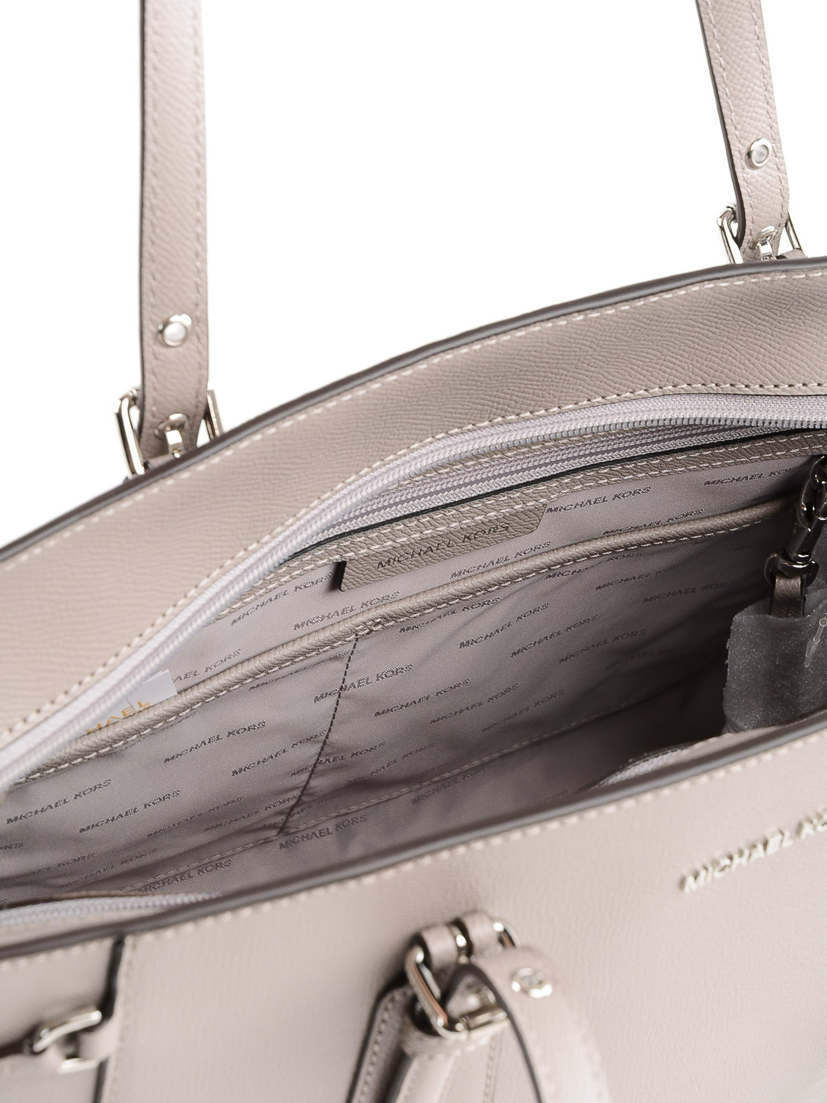 713461f2bfb7fa Michael Kors - Voyager medium pearl grey leather tote - totes bags ...