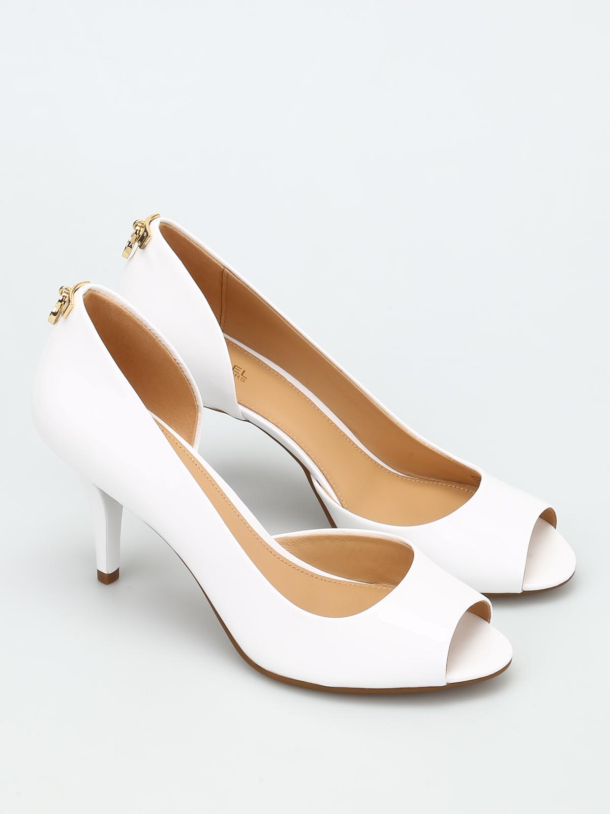 61b47218836c MICHAEL KORS  court shoes online - Hamilton patent leather court shoes