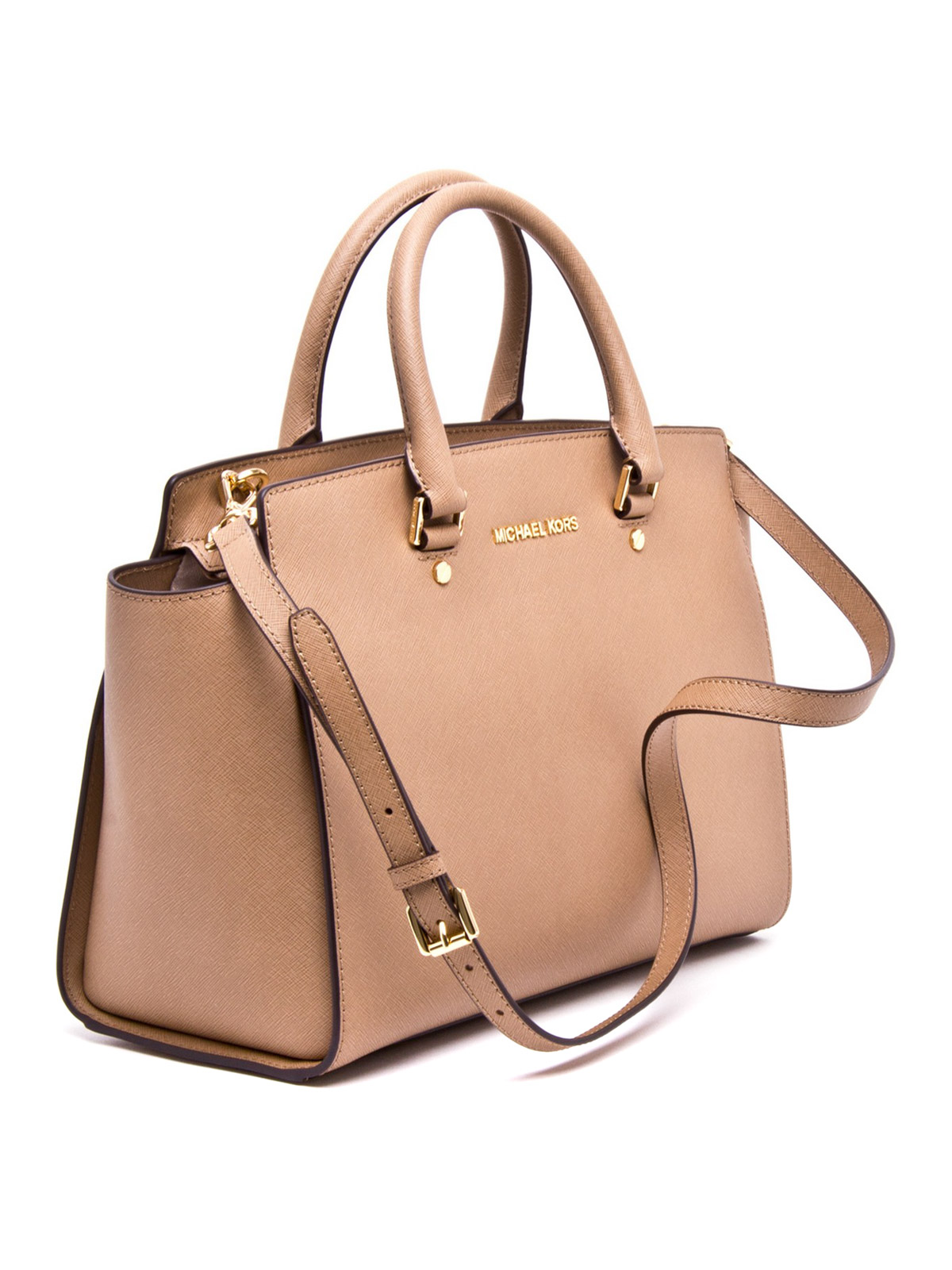 A simple leather shoulder tote with clean details and a minimalistic style, the Urban Tote is a wardrobe staple to make your everyday simply extraordinary. When you simply need a good bag, this quality leather tote will sustain it's timeless style through ever-changing trends.