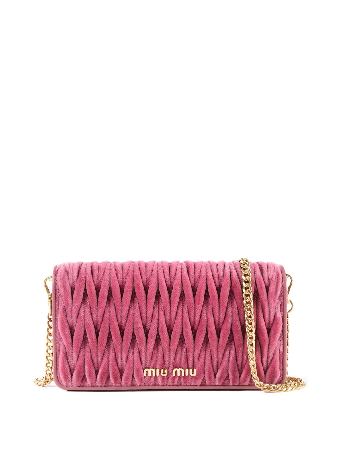 b911ee9cc90b Miu Miu - Pink matelassé velvet clutch - clutches - 5DH0442EOM 002