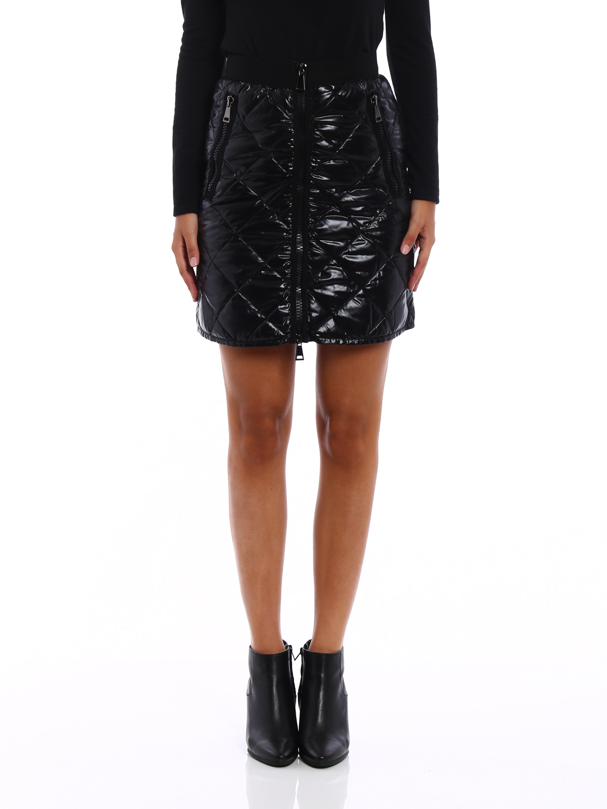 10e7ed0df Moncler - Quilted and padded mini skirt - mini skirts - C2 093 ...