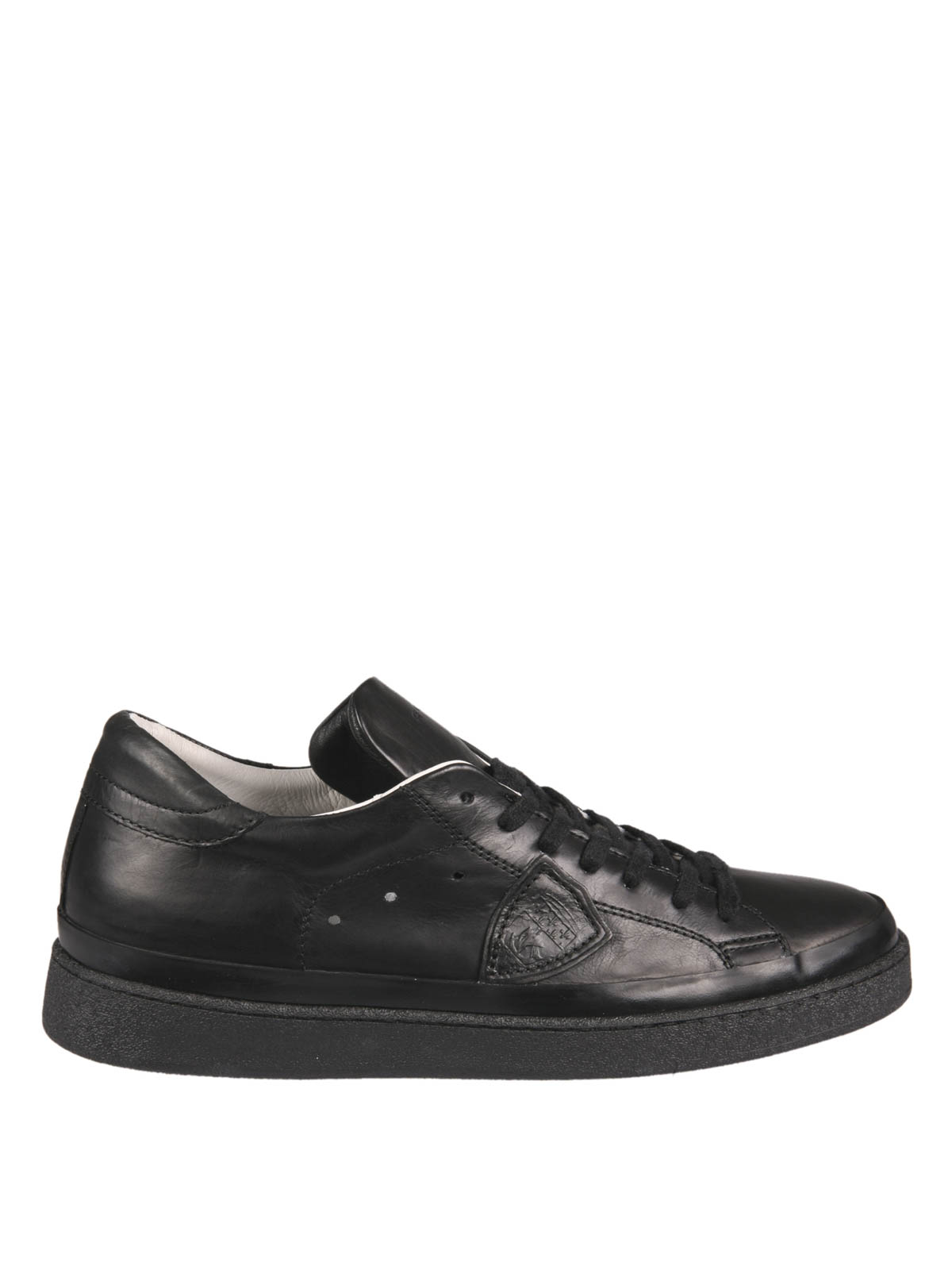 leather low top sneakers by philippe model trainers ikrix. Black Bedroom Furniture Sets. Home Design Ideas