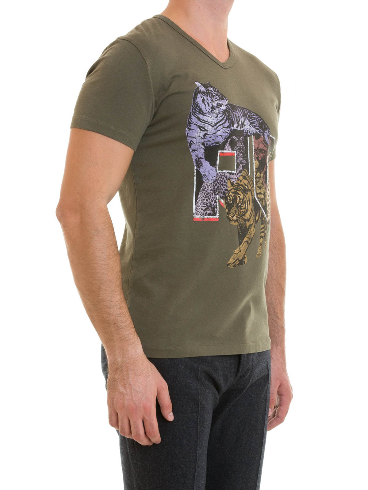 Tiger print cotton v neck tee by roberto cavalli t for V neck t shirt online shopping