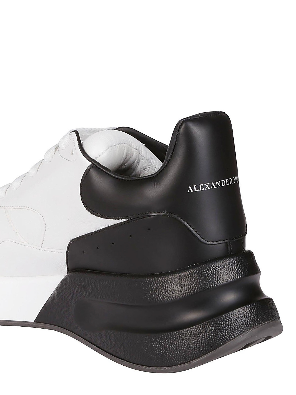 Alexander Mcqueen - Sneaker Runner Oversize bianche e nere ...