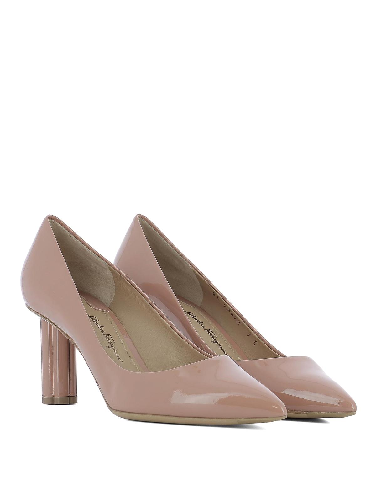 Salvatore Ferragamo: court shoes online - Badia 70 patent leather pumps
