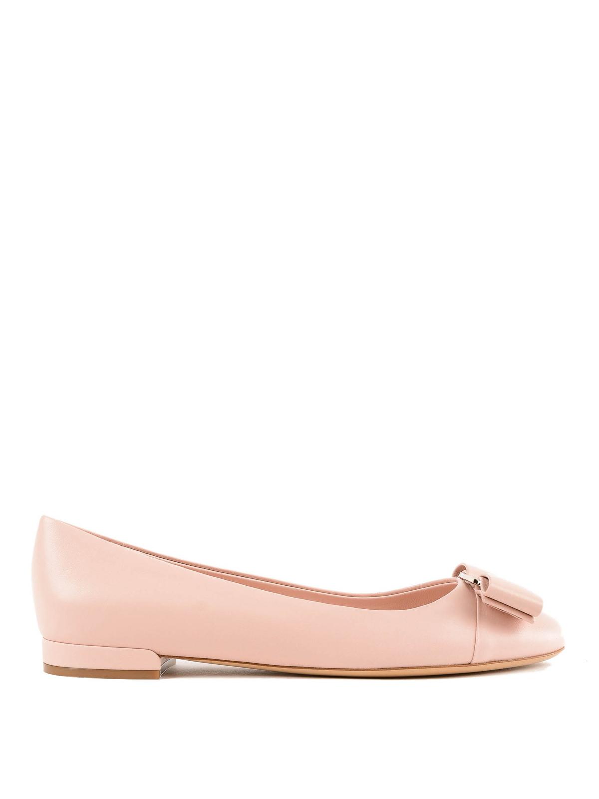 Varina light pink leather flat shoes