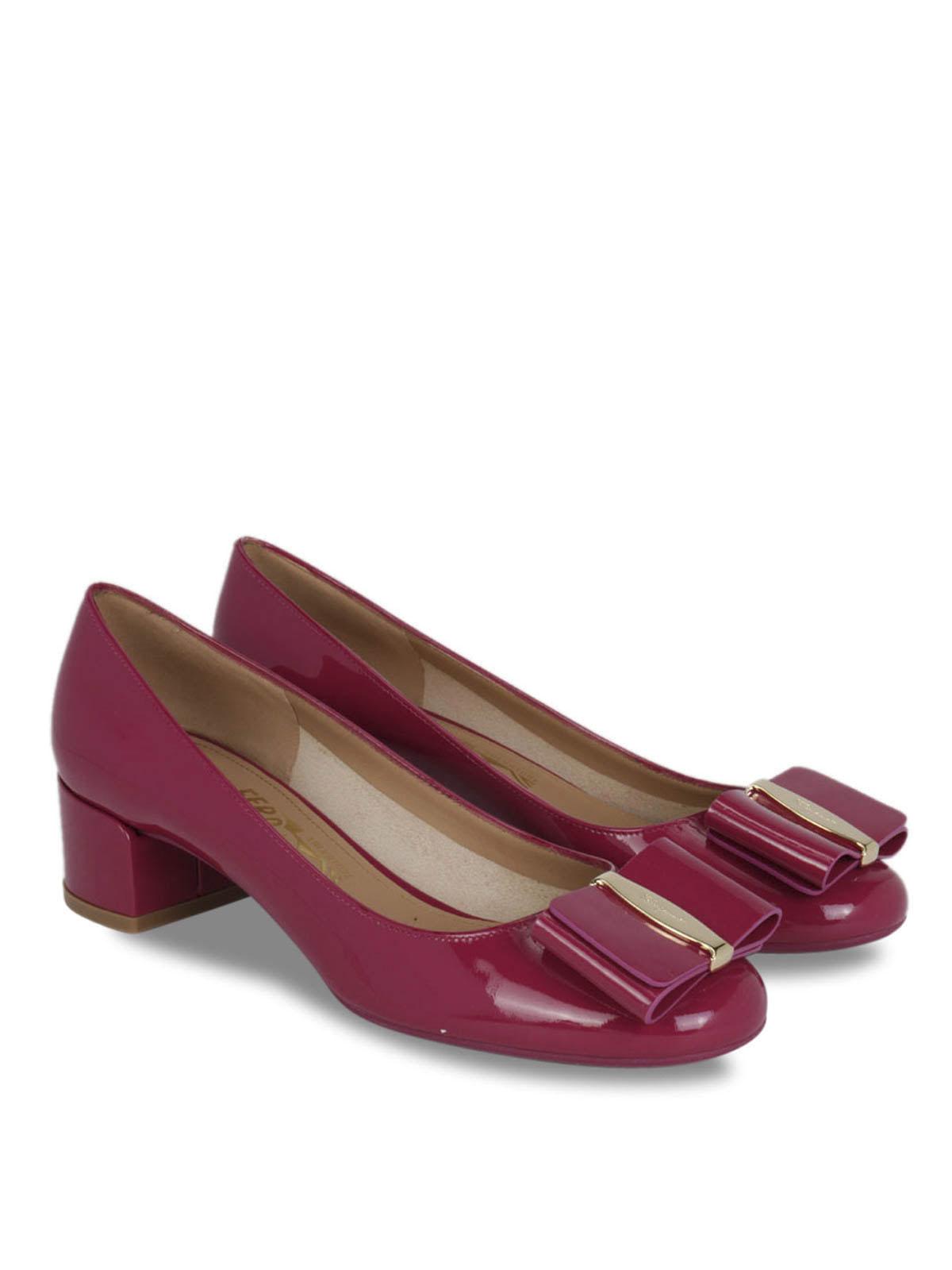 5c5845bd86 SALVATORE FERRAGAMO: scarpe décolleté online - Décolleté in vernice