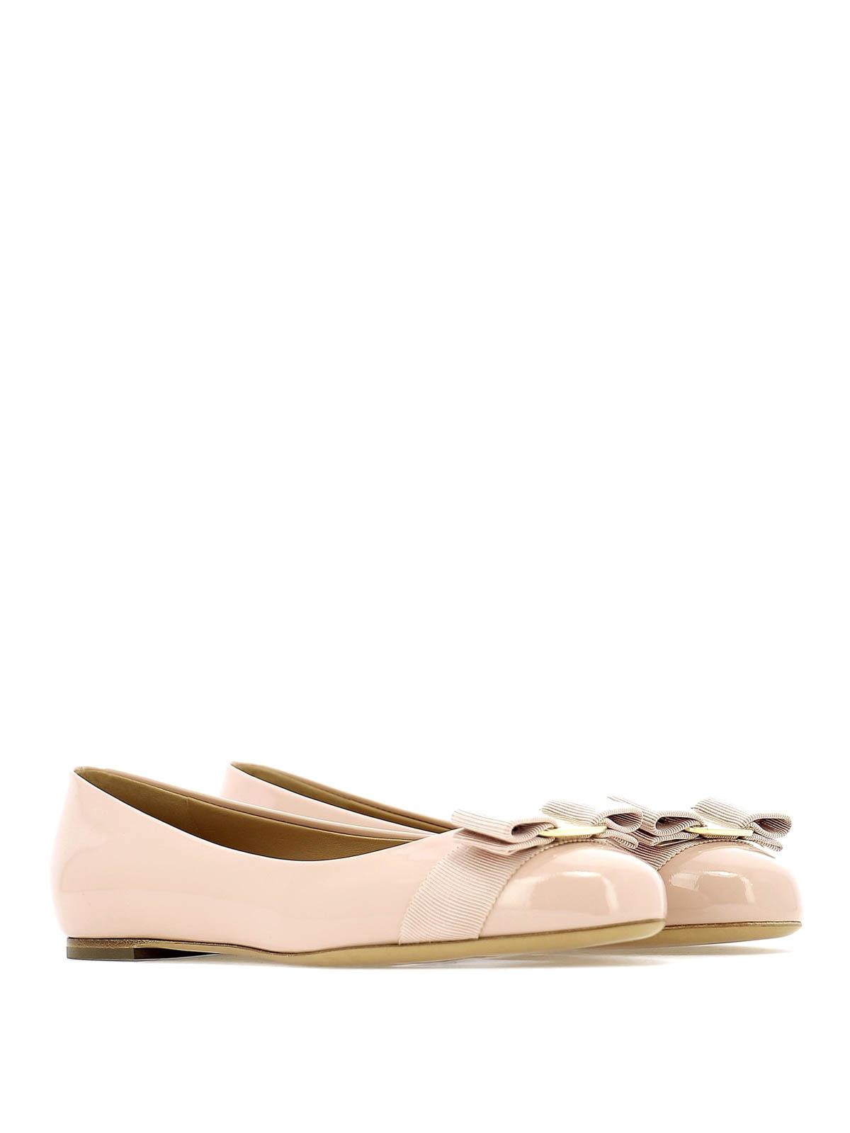 48a5168941763 SALVATORE FERRAGAMO: flat shoes online - Varina light pink patent leather  flat shoes