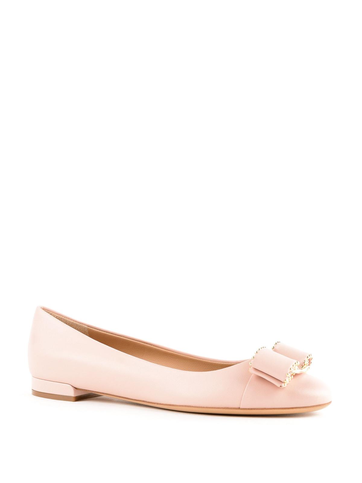 287c02ed5e916 SALVATORE FERRAGAMO: flat shoes online - Varina studded light pink  ballerinas