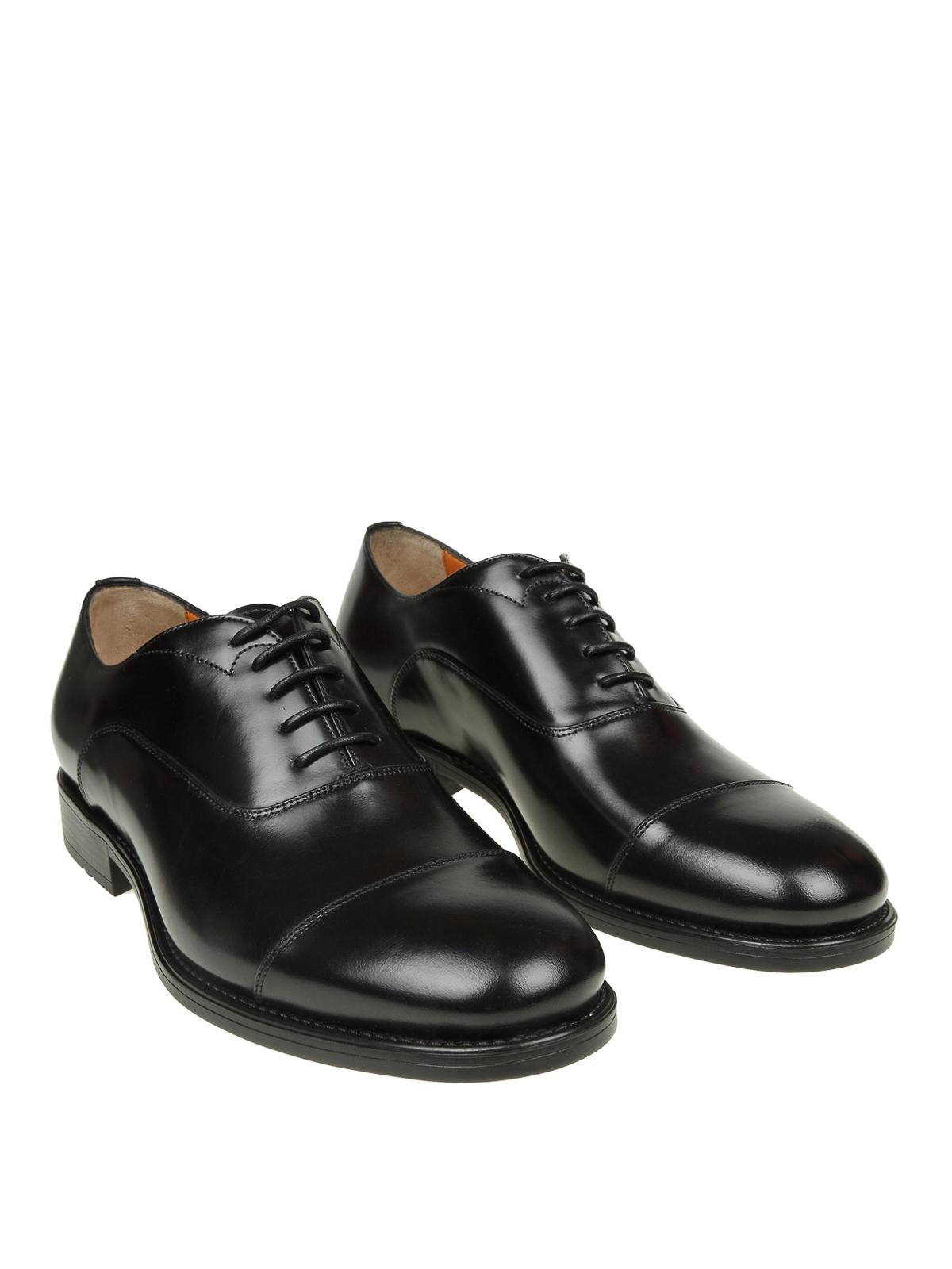 quality design b51e4 85041 Santoni - Oxford in pelle nera con suola carrarmato - scarpe ...