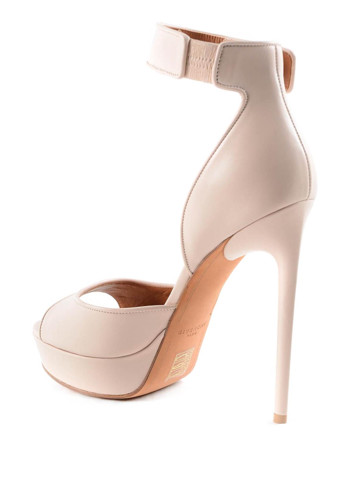 904a0b9666a4 Givenchy - Shark lock sandals - sandals - 8129004657