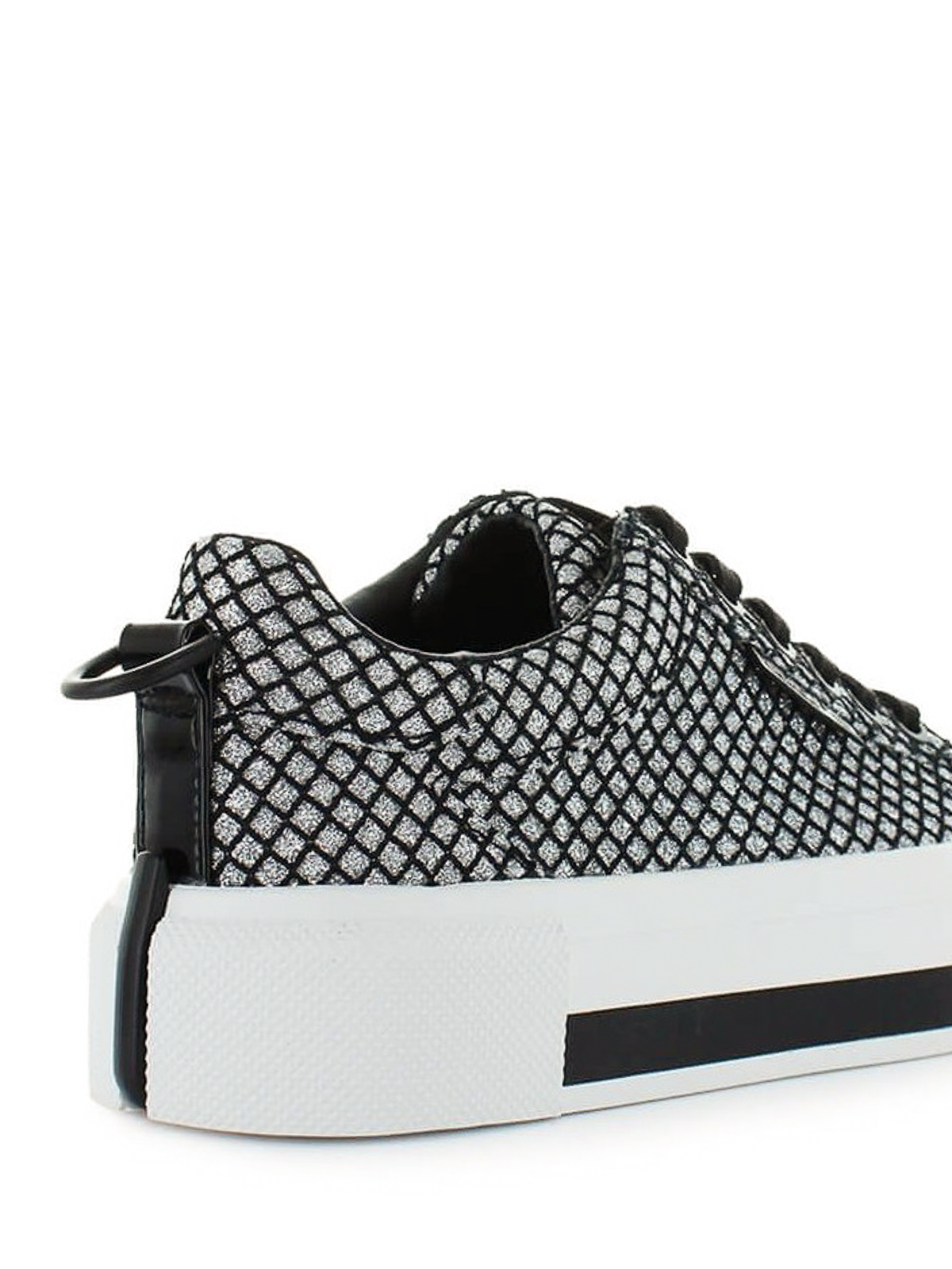 Kendall + Kylie - Tyler mesh and