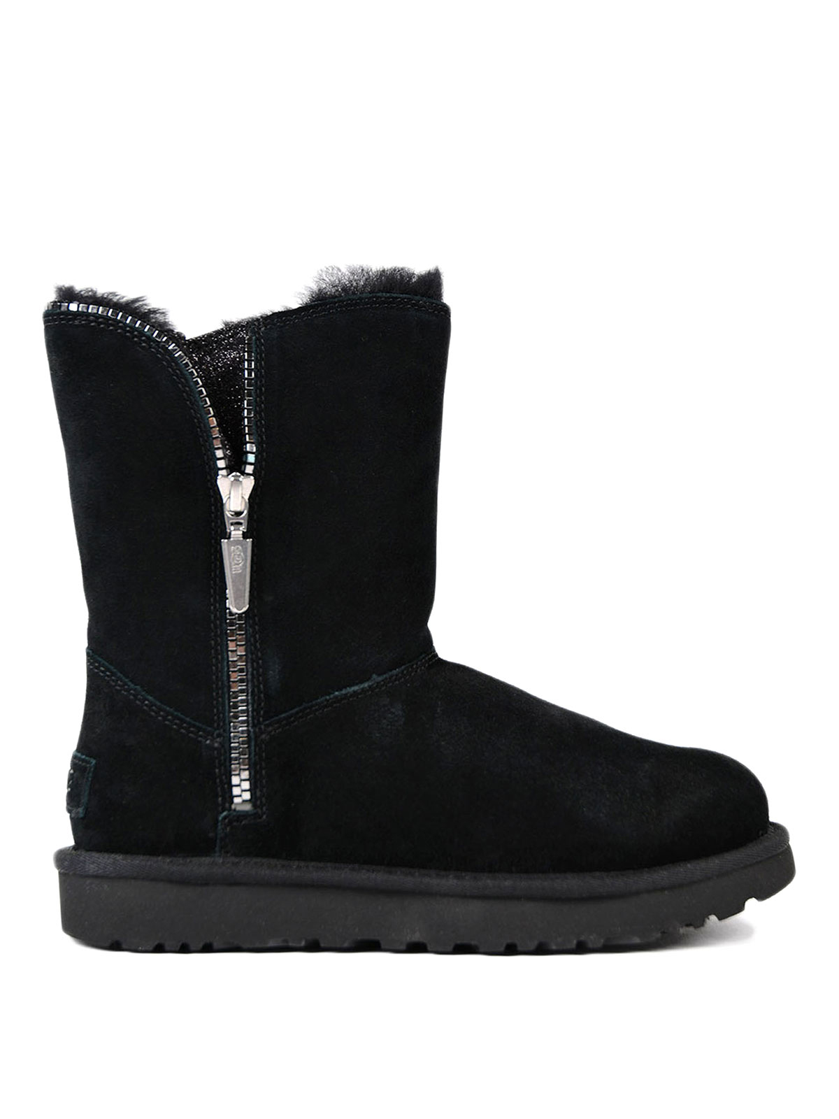 See the latest Steve Madden boots, shoes, handbags and accessories at Steve bigframenetwork.ga Save with Free Shipping & free in-store returns.