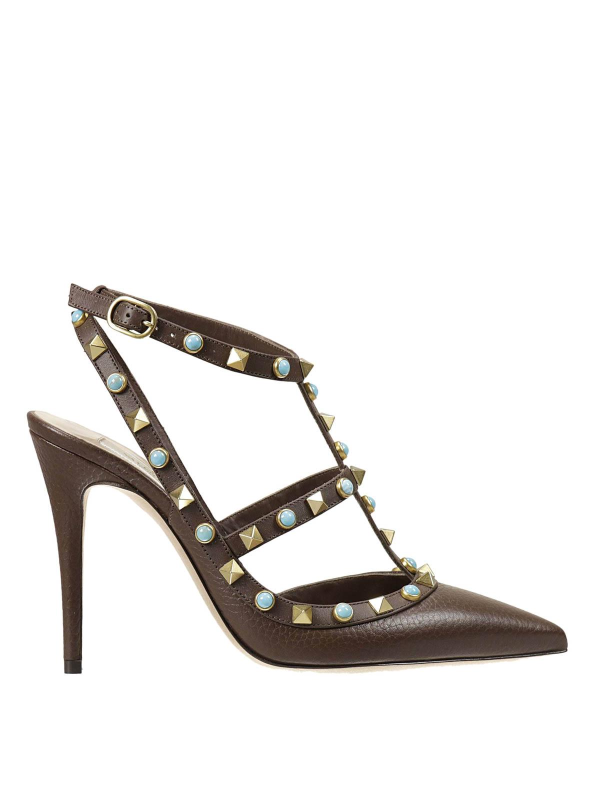 rockstud rolling pumps by valentino garavani court shoes ikrix. Black Bedroom Furniture Sets. Home Design Ideas