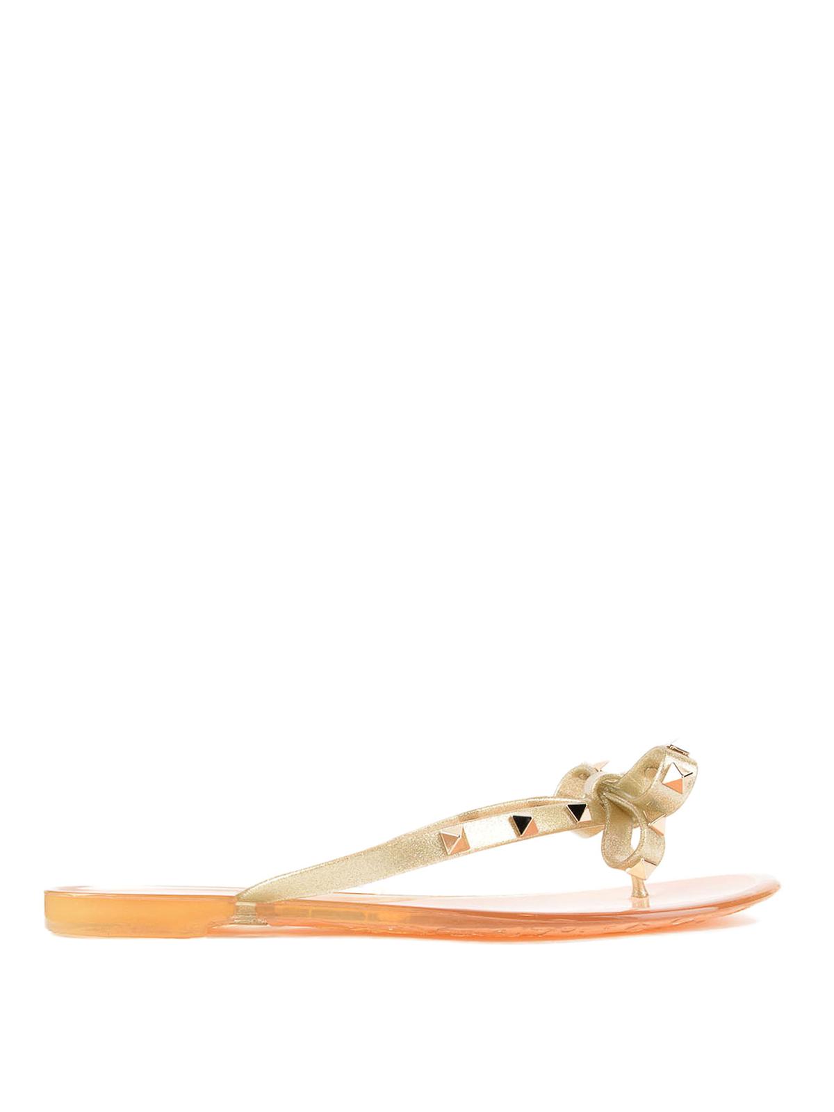0479e0e02a06 Valentino Garavani - Rockstud PVC thong sandals - flip flops ...