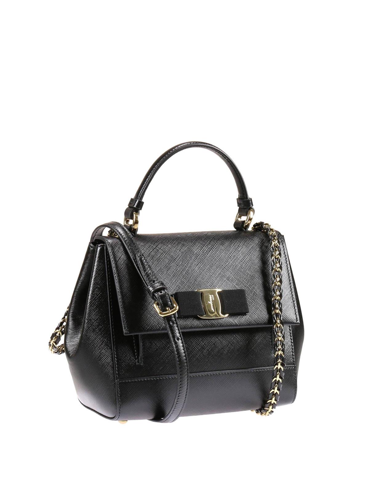 salvatore ferragamo vara bow detail leather bag cross body bags 21f570 629103. Black Bedroom Furniture Sets. Home Design Ideas